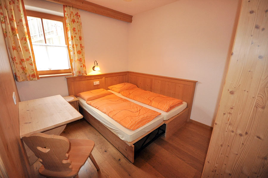 ferienwohnung-appartement-toblach-appartamento-dobbiaco-appartments-ansitz-steiner-k2