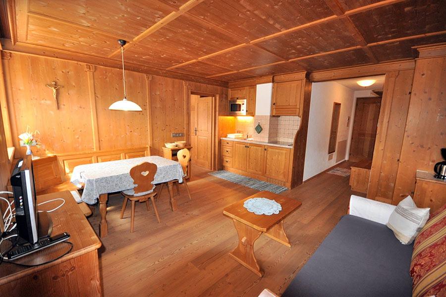 ferienwohnung-appartement-toblach-appartamento-dobbiaco-appartments-ansitz-steiner-m1