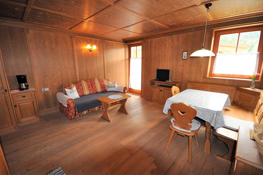 ferienwohnung-appartement-toblach-appartamento-dobbiaco-appartments-ansitz-steiner-m2