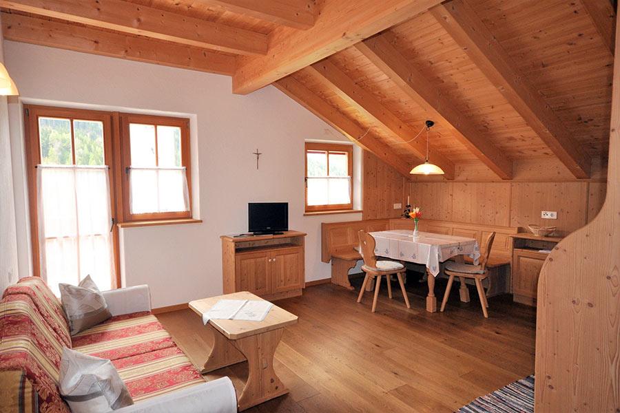 ferienwohnung-appartement-toblach-appartamento-dobbiaco-appartments-ansitz-steiner-r1