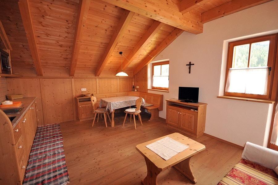 ferienwohnung-appartement-toblach-appartamento-dobbiaco-appartments-ansitz-steiner-s2